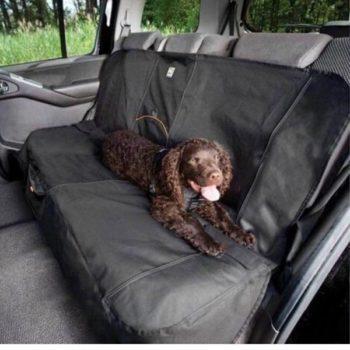 Ochranný prehoz na zadné sedadlá