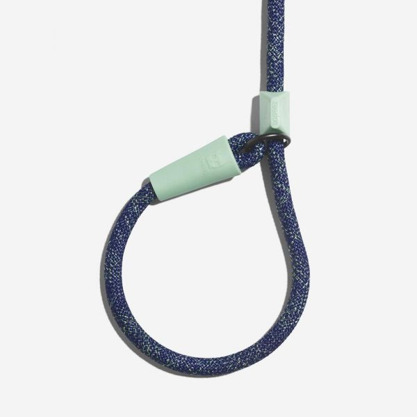 zeedog indigo slip on leash detail