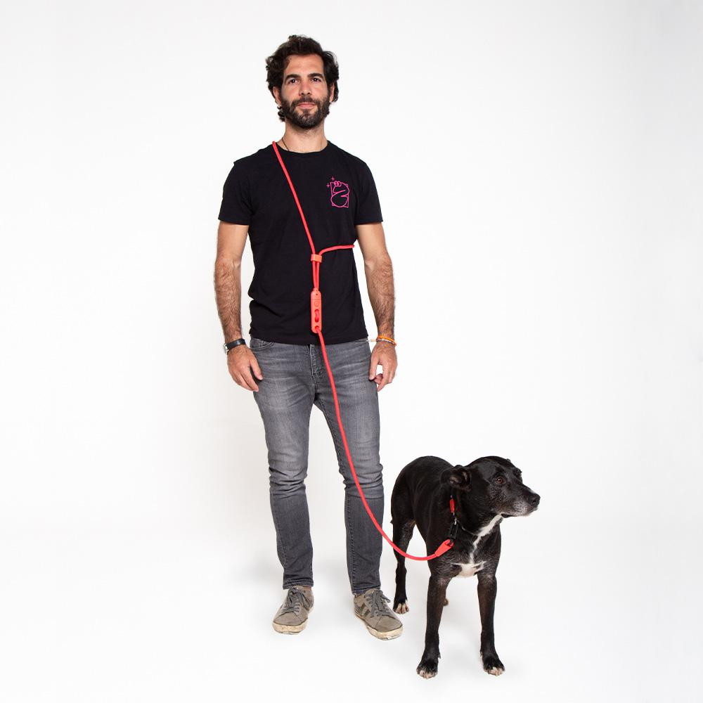 zeedog dog leashes hands free leash neon coral main 4 1a8a49b3 5111 45f9 bdc9